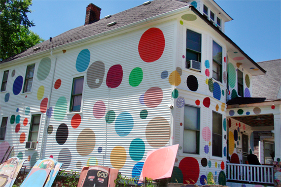 Ugly-polka-dot-house-paint-job-fail